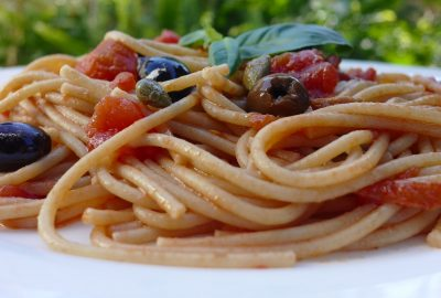 Healthy Dinner in 15 Minutes: Pasta Puttanesca